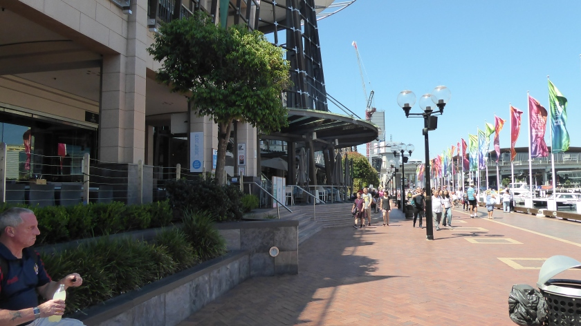 There are lots of shops and eateries at Darling Harbour.
