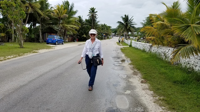 Walking thru Niue