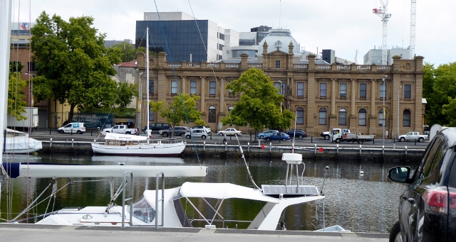 Walking into town and passing the Tasmanian Museum and Art Gallery.