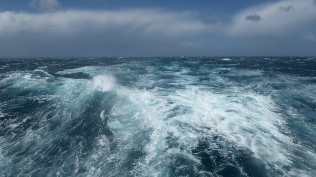 Angry waters of the Tasman Sea