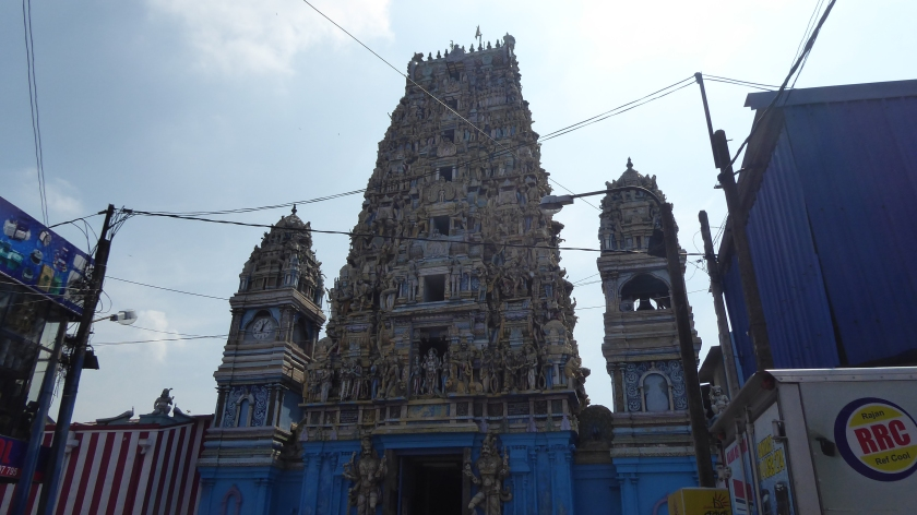 Siva Subramaniya Hindu Temple is one of the largest Hindu temples in Colombo.