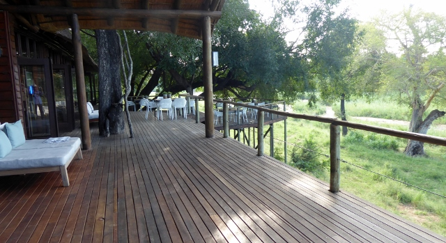 The Lion Sands Narina Lodge .