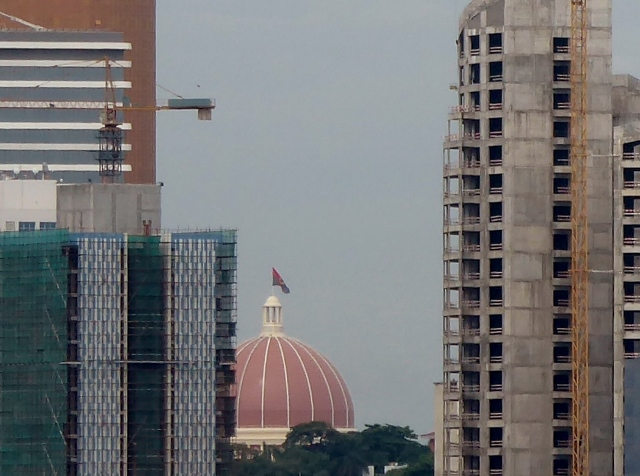 The Cathedral is dwarfed by the new highrises!