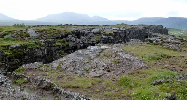 The tectonic rift.