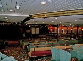 Queen Lounge
