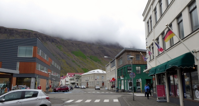 Downtown Isafjordur. That's the Neisti Mall on the left.