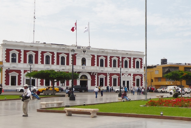 City Hall (Municipalidad Provincal de Trujillo.)