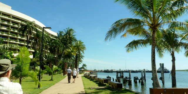 A pedetrian walkway runs from dockside to the Shangri La Hotel.