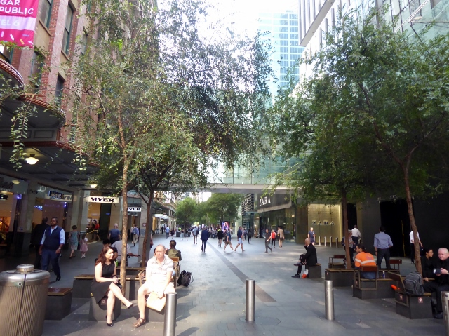 ..... the Pitt Street Pedestrian Mall......