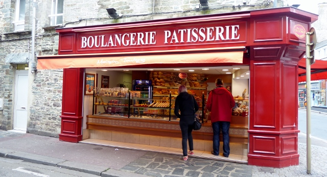 We passed the Boulangerie Patisserie.