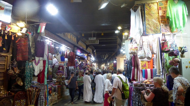 We did a little shopping in the souq.