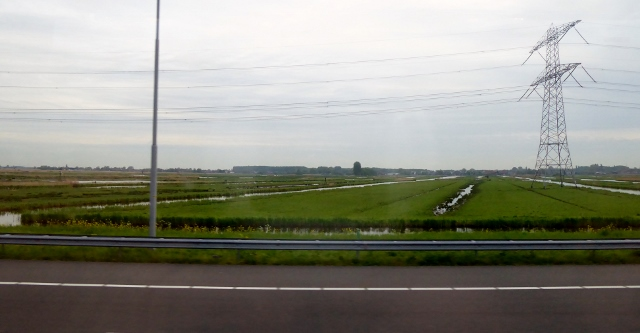On the road to Edam, we cross lowlands and canals.