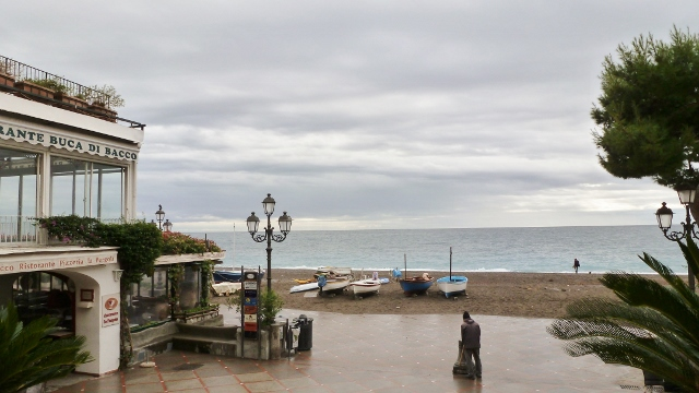 Ahhh, even in the rain and mist, Positano is welcoming!